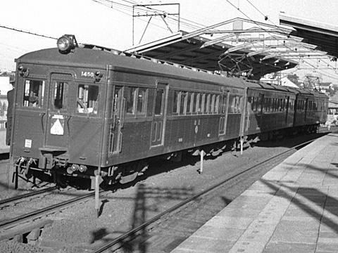 002b-196001-odakyu-yoyogiuehara.jpg