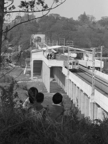 005-1966tana-station.jpg