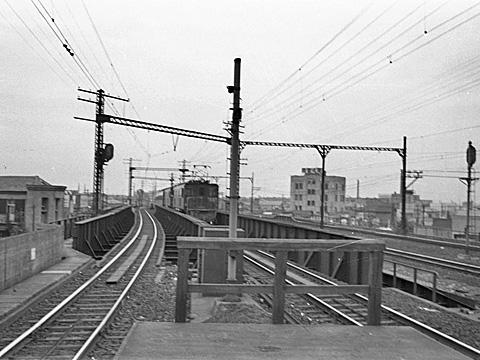 008-195308-olympus35-shimbashi04a.jpg