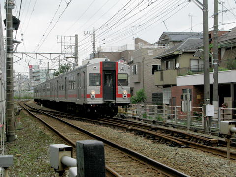 01-ikegami02-2011.jpg