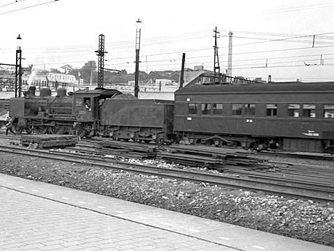 012-195308-olympus35-shinagawa02b.jpg