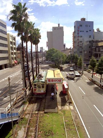 012-200-199309-kochiekimae.jpg