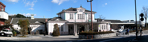 09-041213panorama_nikko-station-480.jpg