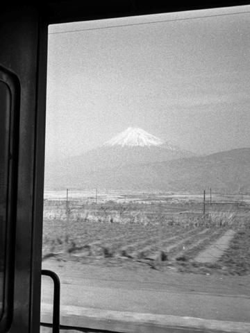 204-196003-tokaido-hara02.jpg