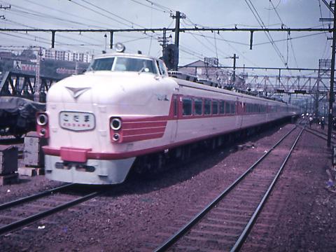 003-600429kodama_002-01.jpg