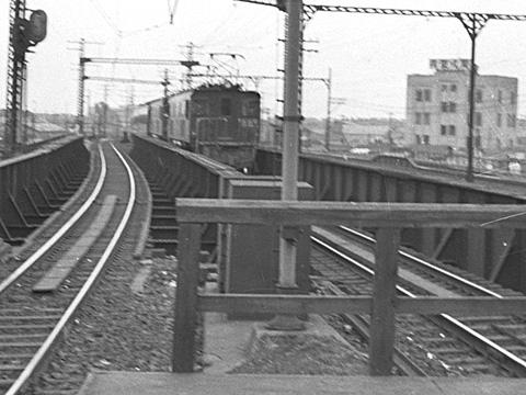 009-195308-olympus35-shimbashi04b.jpg