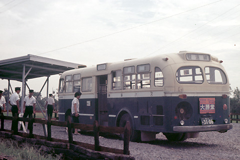 06-7001shizu24-oigawa-bus.jpg