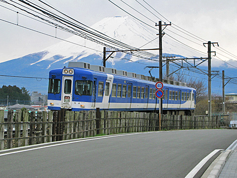 107-201204-fujikyu-gesshoji.jpg