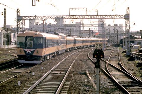 780129kuwana028.jpg