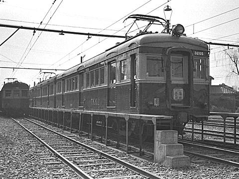 tokyu5504-05-ikegami3205b.jpg